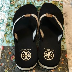 Tory Burch summer wedge sandal black and cream